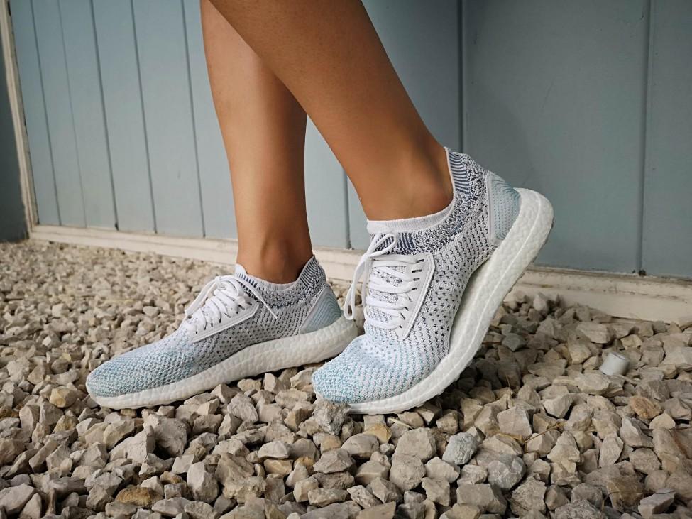 285a60481b Futásról Nőknek - futócipő / Adidas Ultraboost X Parley, tengeri műanyag  hulladék újrahasznosításából készült futócipő