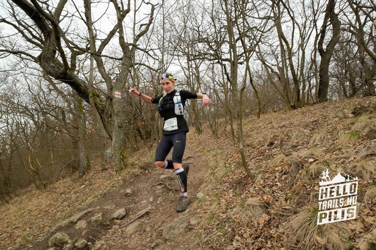Fellegek felett - Hello Pilis Trail - Futásról Nőknek